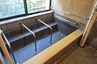 電動昇降リフト浴